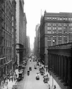 LaSalle_Street_from_old_Chicago_Board_of_Trade_Building