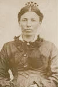 Caroline Sepia