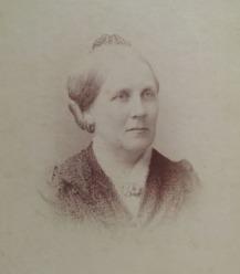 HelenMiddleAge