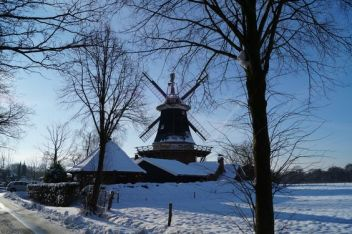 winterwindmill